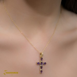 Woman's cross K18 with chain - Amethyst and semiprecious crystals 005866 -Yellow gold