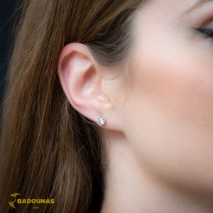 Earrings White gold K14 with semiprecious stone Code 008395